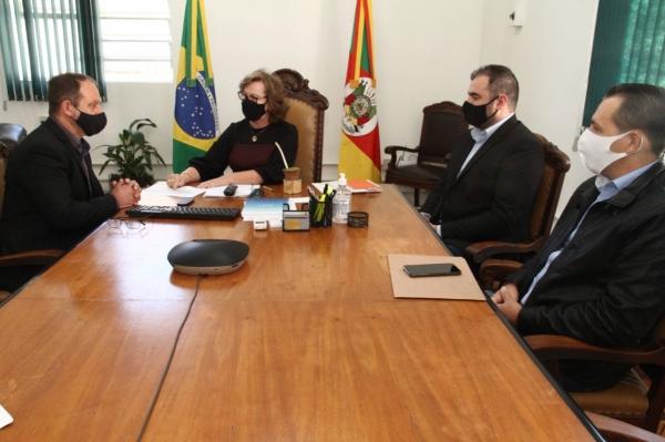 Executivo ivorense em busca de recursos em Porto Alegre
