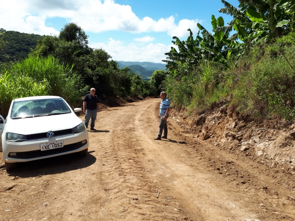 Estradas do interior recebem atenção da Administração Ivorense