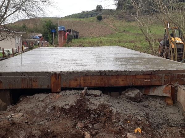 Construção de Ponte de concreto