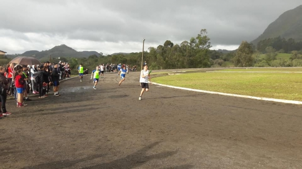 JERGS de Atletismo ocorreu em Ivorá
