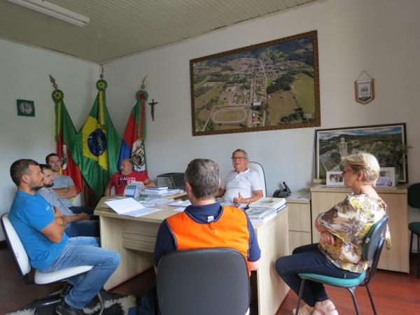 Coordenador Regional da Defesa Civil presta apoio técnico à Ivorá