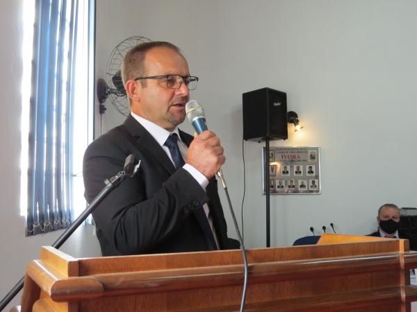 Saulo Piccinin é o prefeito de Ivorá
