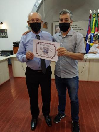 Senhor Anthero Natal de Lima recebe título de Cidadão Ivorense